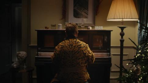 John Lewis创意广告《Elton John Lewis》