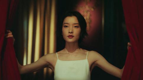 杜鹃x时尚芭莎-Olay身体乳广告