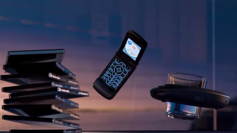 新版摩托羅拉手機宣傳片:一代經典,智能回歸