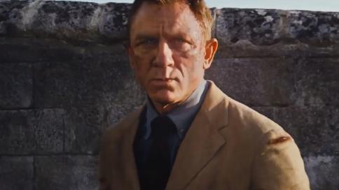 《007:无暇赴死》中字预告片