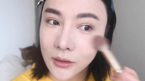 短视频美妆博主视频剪辑