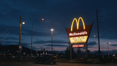 麦当劳致敬医护工作短片-Lights On