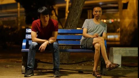 專訪導演蔣佳辰:在東北找一條「薛定諤的狗」
