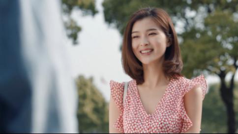 521高甜办公室暗恋广告《暗恋》--欧时力连衣裙