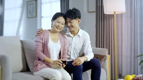 广州志赛珠宝宣传片之亲情篇——圣典传媒作品