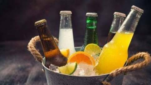 碳酸饮料广告