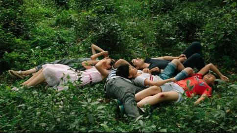 青年导演如何走出创作困境?——深度对谈《郊区的鸟》导演仇晟