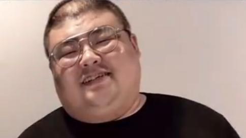 美食自媒体人泡泡龙因高强度工作去世,年仅29岁